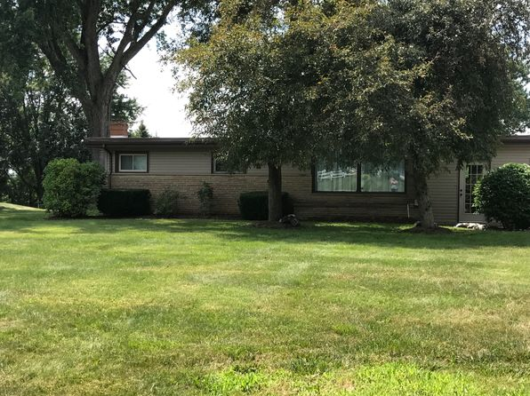 3 bed 2 bath Single Family at 1315 Lorrell Ave SW North Canton, OH, 44720 is for sale at 155k - 1 of 25
