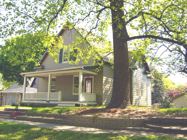 3 bed 2 bath Single Family at 306 Wheaton Ave Champaign, IL, 61820 is for sale at 140k - google static map