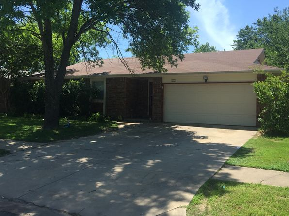 4 bed 2 bath Single Family at 2001 W Gary St Broken Arrow, OK, 74012 is for sale at 106k - 1 of 2