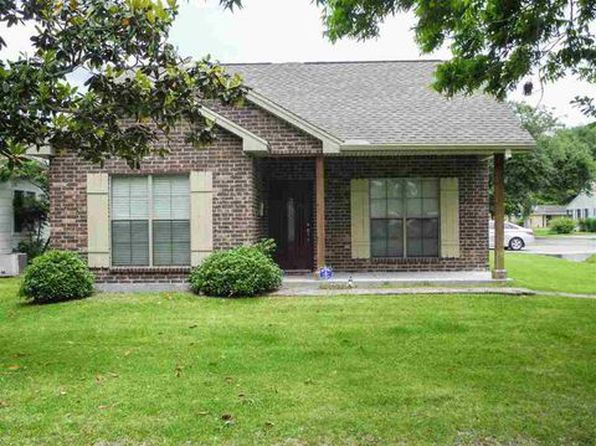 3 bed 2 bath Single Family at 829 Block St Port Neches, TX, 77651 is for sale at 195k - 1 of 12
