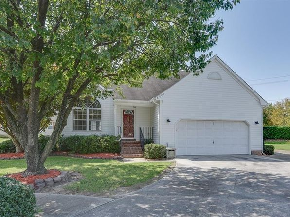 3 bed 3 bath Single Family at 6827 Ivanhoe Ct Suffolk, VA, 23435 is for sale at 265k - 1 of 27