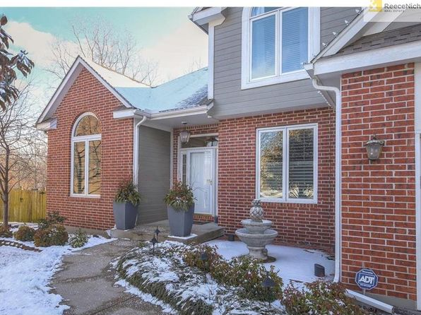 4 bed 4 bath Single Family at 11721 W 138th St Overland Park, KS, 66221 is for sale at 419k - 1 of 25