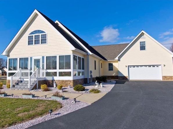 3 bed 4 bath Single Family at 612 Cherry Dr Dagsboro, DE, 19939 is for sale at 343k - 1 of 41