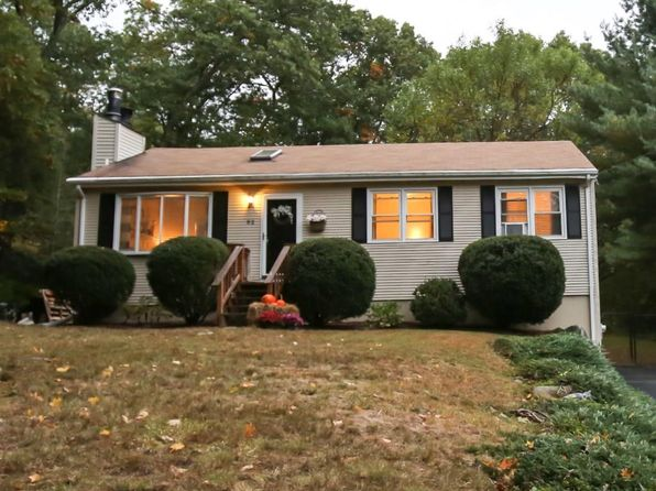3 bed 2 bath Single Family at 92 Ridge Rd Smithfield, RI, 02917 is for sale at 269k - 1 of 26