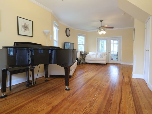 3 bed 2 bath Single Family at 139 E Grand Ave Ridgefield Park, NJ, 07660 is for sale at 349k - 1 of 25