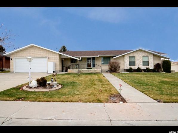 5 bed 2 bath Single Family at 906 N Fairway Dr Preston, ID, 83263 is for sale at 270k - 1 of 24
