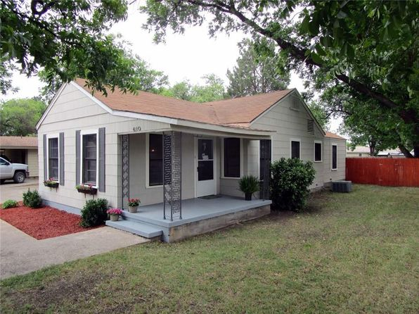2 bed 1 bath Single Family at 610 Dodson Dr Stamford, TX, 79553 is for sale at 60k - 1 of 10