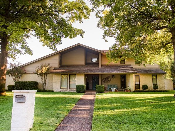 4 bed 3 bath Single Family at 3418 Whippoorwill Ln Enid, OK, 73703 is for sale at 299k - 1 of 13