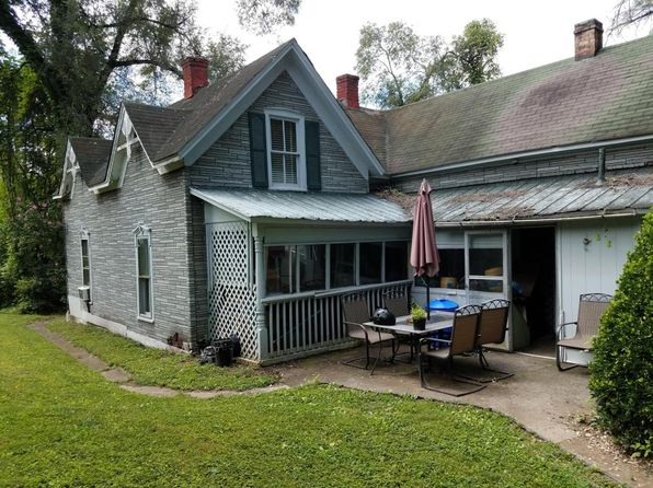 4 bed 1 bath Single Family at 117 Highland Rd Vinton, VA, 24179 is for sale at 40k - 1 of 4