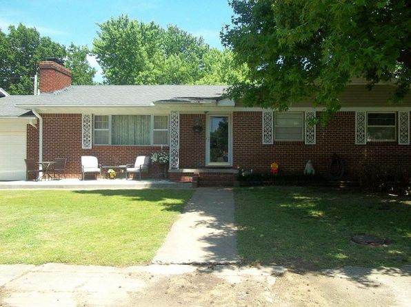 4 bed 2 bath Single Family at 104 N Cherokee St Frontenac, KS, 66763 is for sale at 194k - 1 of 93