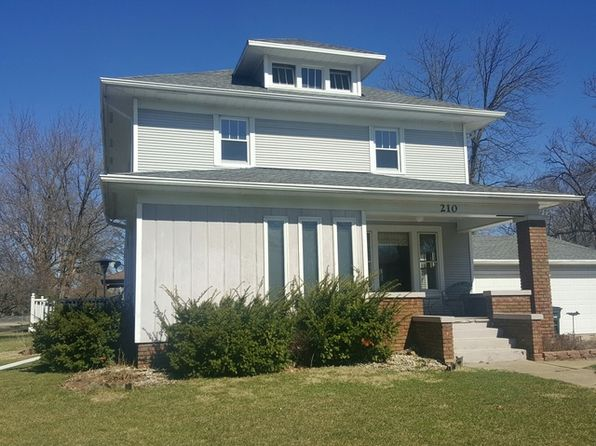 3 bed 1.5 bath Single Family at 210 6th St Mendota, IL, 61342 is for sale at 99k - 1 of 7