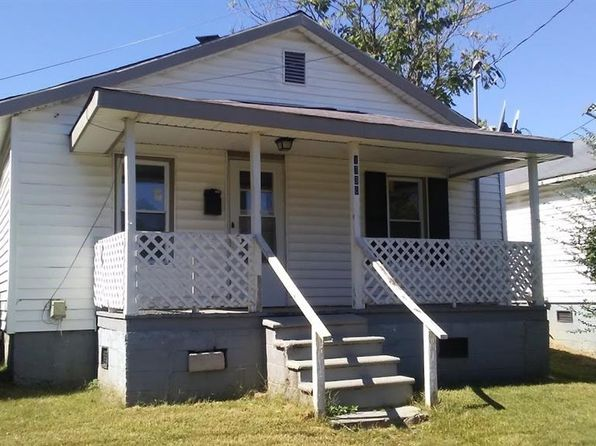 2 bed 1 bath Single Family at 1730 Grant Ave Winston Salem, NC, 27105 is for sale at 25k - 1 of 4
