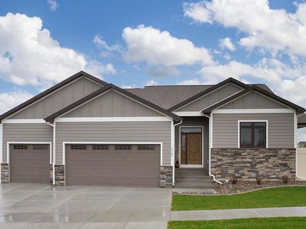 6 bed 3 bath Single Family at 3146 Peregrine Ln Billings, MT, 59106 is for sale at 449k - 1 of 33