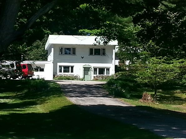 2 bed 1 bath Single Family at 8758 8 Mile Rd Kaleva, MI, 49645 is for sale at 99k - google static map