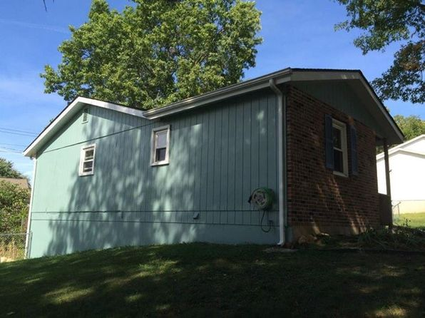 3 bed 2 bath Single Family at 1305 Woodlawn Dr Rolla, MO, 65401 is for sale at 100k - 1 of 4