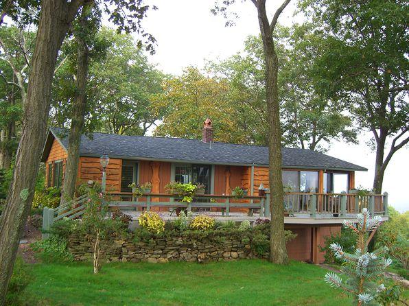 2 bed 2 bath Single Family at 171 Hillcrest Dr Denville, NJ, 07834 is for sale at 425k - 1 of 47
