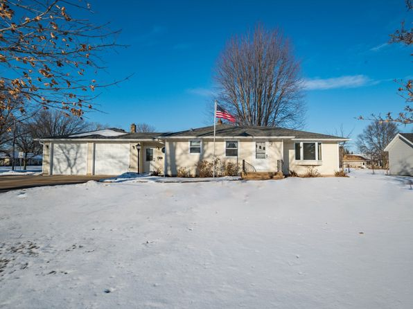 3 bed 2 bath Single Family at 3222 W Capitol Dr Appleton, WI, 54914 is for sale at 140k - 1 of 32