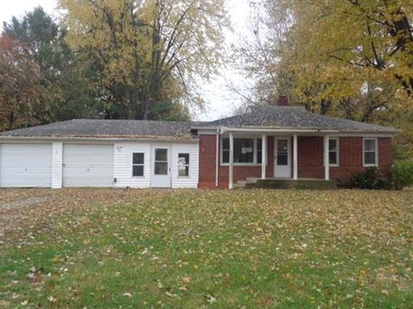 2 bed 1 bath Single Family at 6 MAPLE DR CASEYVILLE, IL, 62232 is for sale at 57k - 1 of 10