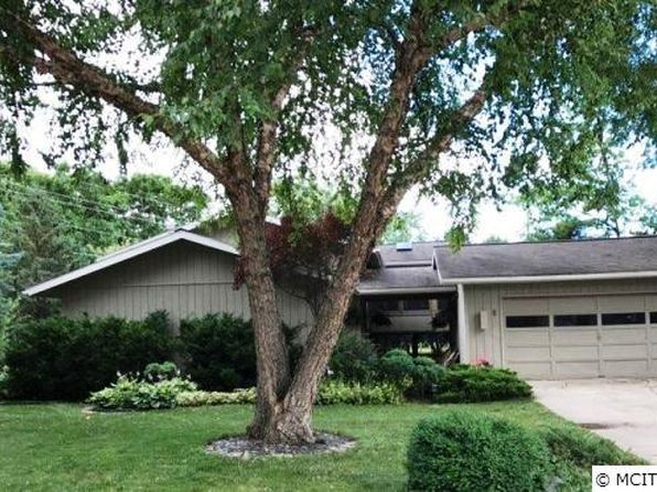 3 bed 2.5 bath Single Family at 8 S Regency Ct Mason City, IA, 50401 is for sale at 167k - 1 of 14