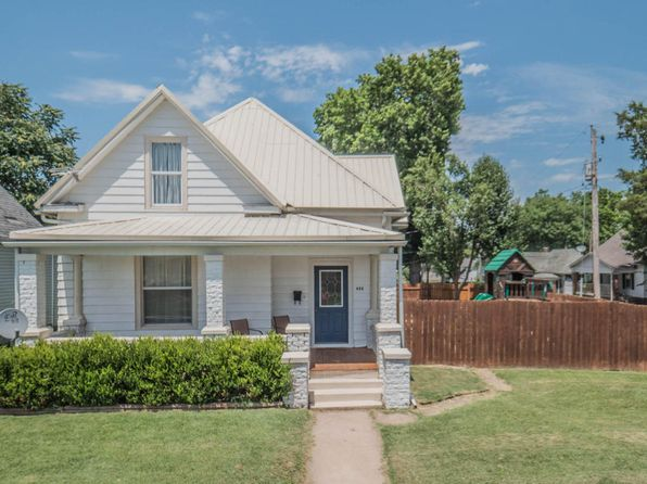 3 bed 2 bath Single Family at 425 Barrow St Moberly, MO, 65270 is for sale at 70k - 1 of 29