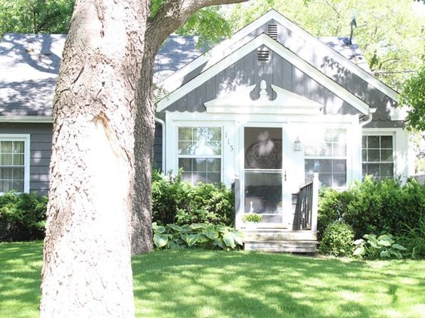 3 bed 2 bath Single Family at 115 N Hager Ave Barrington, IL, 60010 is for sale at 240k - 1 of 12