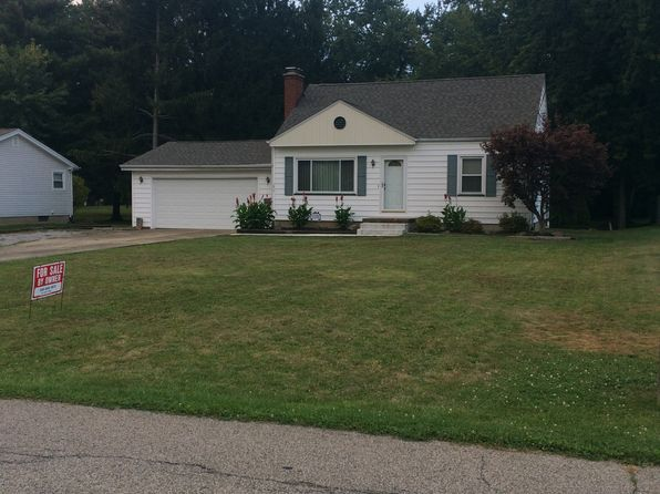 3 bed 2 bath Single Family at 2012 Holbrook Rd Youngstown, OH, 44514 is for sale at 70k - 1 of 13
