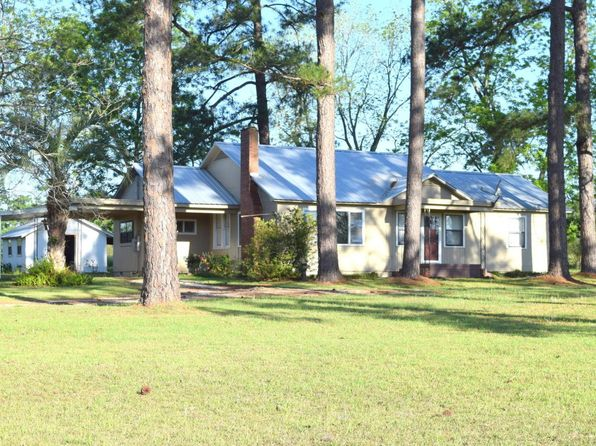3 bed 1 bath Single Family at 3609 Highway 273 Graceville, FL, 32440 is for sale at 107k - 1 of 11