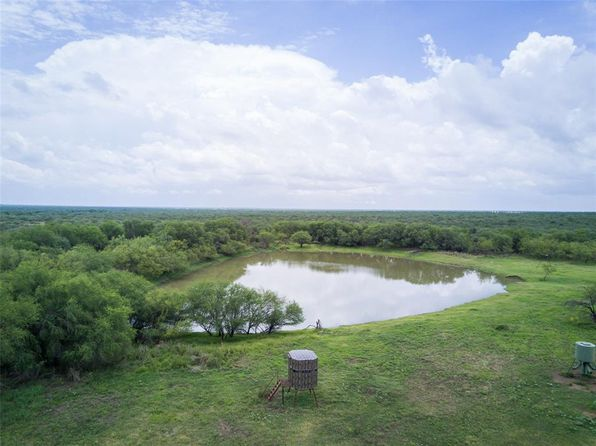 2 bed 1 bath Single Family at 3903 NW Fm 468 Rnch NW Big Wells, TX, 78830 is for sale at 1.97m - 1 of 13