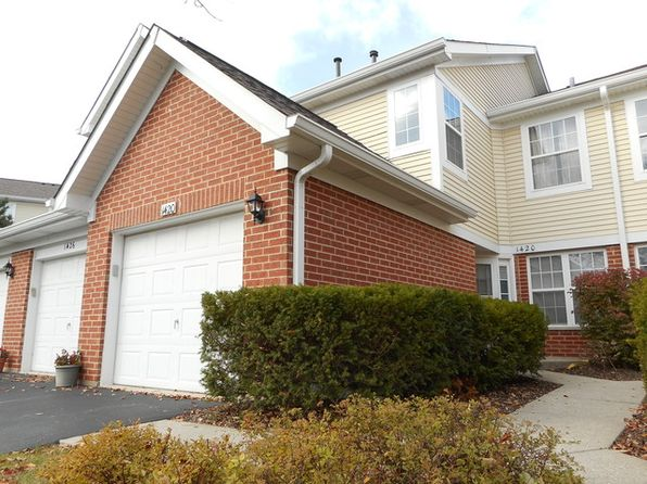 3 bed 3 bath Townhouse at 1420 Hampshire Ct Roselle, IL, 60172 is for sale at 193k - 1 of 14