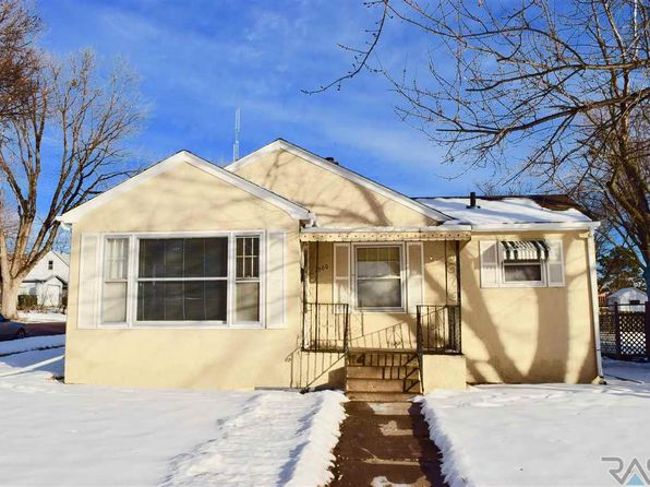 3 bed 2 bath Single Family at 1500 S Grange Ave Sioux Falls, SD, 57105 is for sale at 140k - 1 of 18