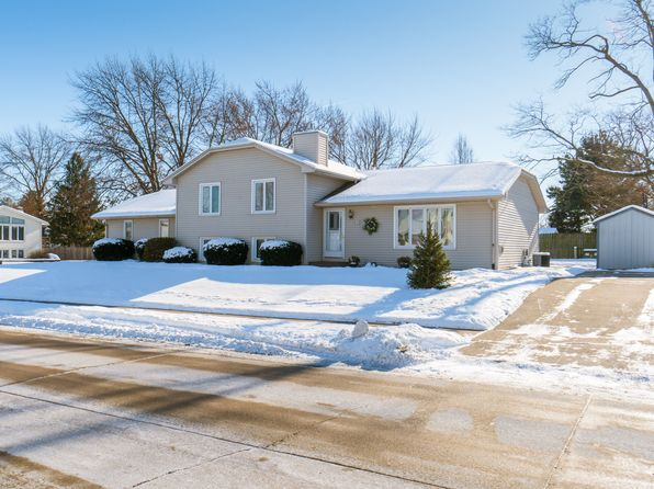 3 bed 4 bath Single Family at 905 W 58th St Davenport, IA, 52806 is for sale at 199k - 1 of 54