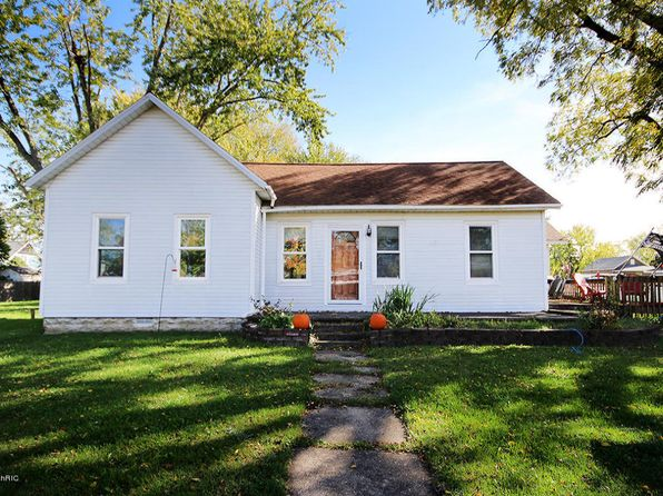 2 bed 2 bath Single Family at 413 S Elm St Three Oaks, MI, 49128 is for sale at 130k - 1 of 22
