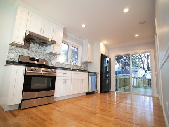 4 bed 2 bath Single Family at 96 MORELAND ST SOMERVILLE, MA, 02145 is for sale at 729k - 1 of 15