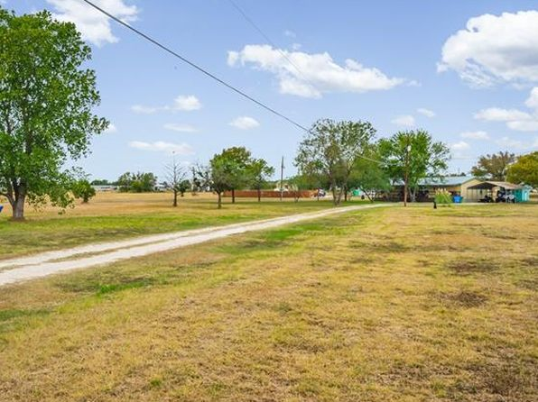 3 bed 2 bath Mobile / Manufactured at 34 N Camino Real Uhland, TX, 78640 is for sale at 150k - 1 of 26