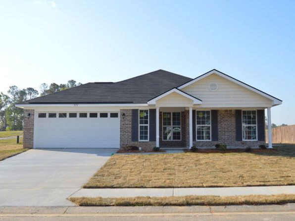 3 bed 2 bath Single Family at 227 Oak Harvest Rdg Midway, GA, 31320 is for sale at 152k - 1 of 7