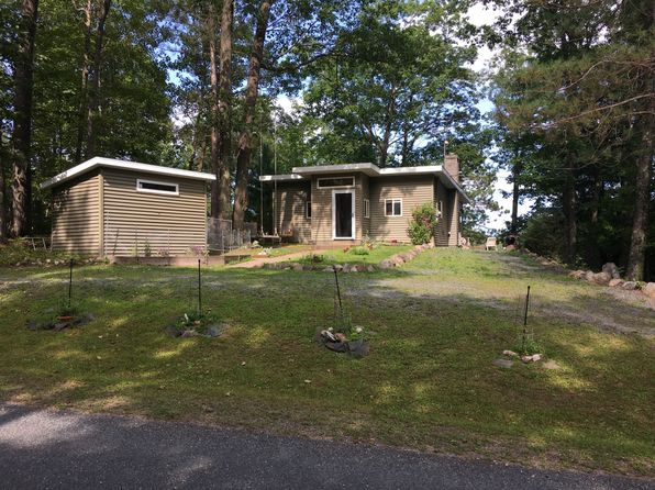 2 bed 1 bath Single Family at 3930 W Lake Ellwood Rd Florence, WI, 54121 is for sale at 155k - 1 of 13