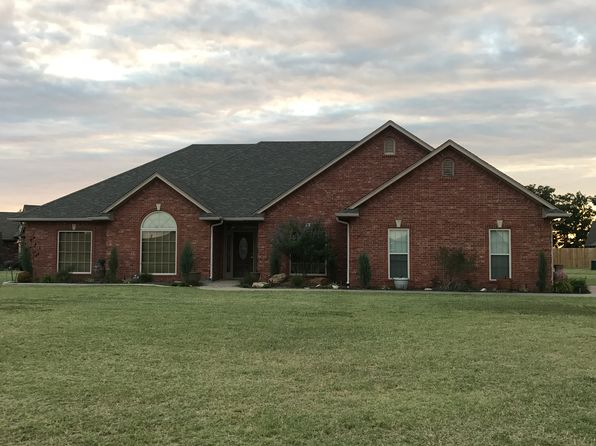 4 bed 3 bath Single Family at 1905 WILSHIRE PRAGUE, OK, 74864 is for sale at 220k - 1 of 36