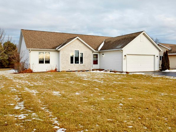 4 bed 3 bath Single Family at 214 Granary Cir Hartland, WI, 53029 is for sale at 270k - 1 of 25