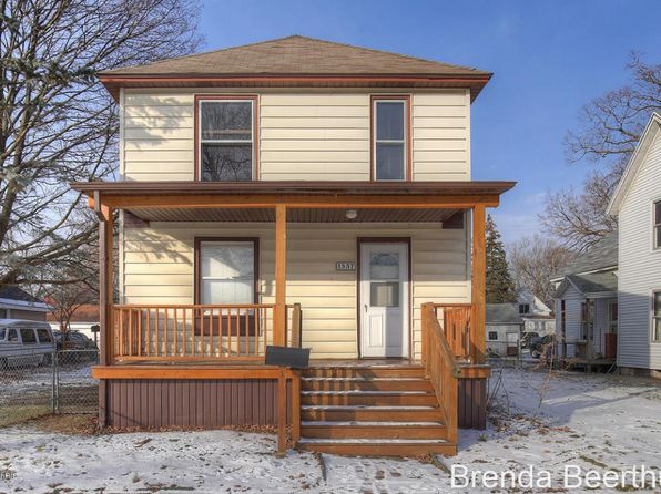 3 bed 2 bath Single Family at 1557 Hamilton Ave NW Grand Rapids, MI, 49504 is for sale at 115k - 1 of 18