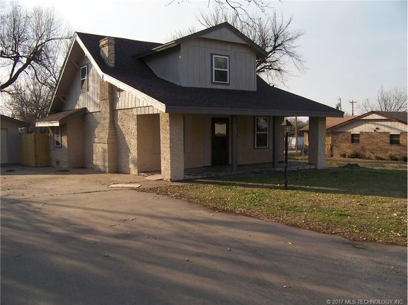 3 bed 1.5 bath Single Family at 708 S Ohio Ave Okmulgee, OK, 74447 is for sale at 73k - 1 of 12