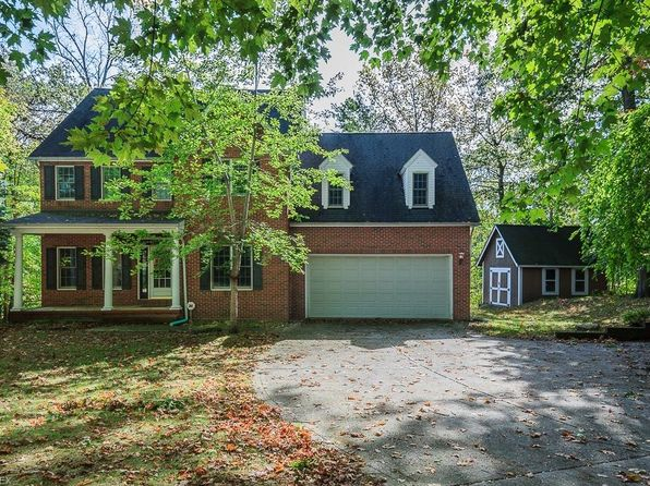 4 bed 3.5 bath Single Family at 5951 Center St Mentor, OH, 44060 is for sale at 283k - 1 of 35