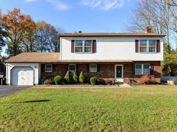 4 bed 3 bath Single Family at 153 Rodman Ct Eatontown, NJ, 07724 is for sale at 400k - 1 of 20