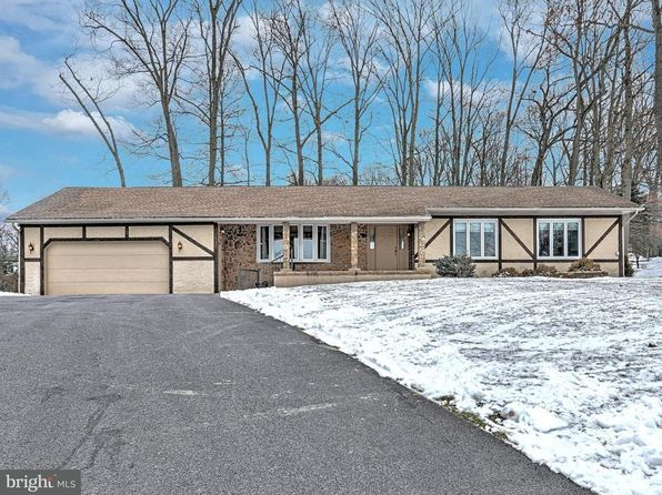 3 bed 2 bath Single Family at 2209 Keeney Rd Spring Grove, PA, 17362 is for sale at 210k - 1 of 38