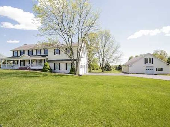 4 bed 3 bath Single Family at 73 Airport Rd Pittstown, NJ, 08867 is for sale at 450k - 1 of 20