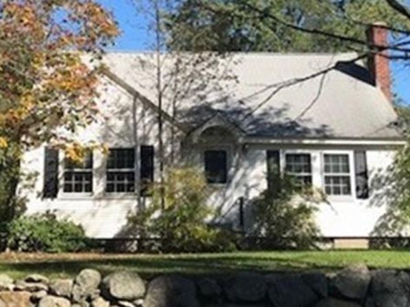 4 bed 1 bath Single Family at 10 Gaskill St Mendon, MA, 01756 is for sale at 300k - 1 of 2