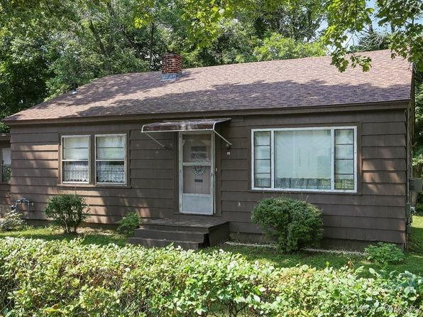 3 bed 1 bath Single Family at 51 May St North Andover, MA, 01845 is for sale at 320k - 1 of 22