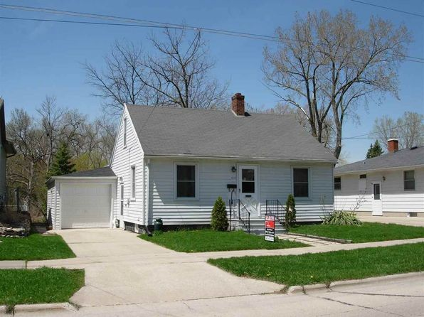 2 bed 1 bath Single Family at 418 Hartung St Green Bay, WI, 54302 is for sale at 70k - 1 of 6