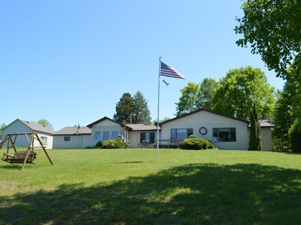 2 bed 2 bath Single Family at 13037 US 23 Cheboygan, MI, 49721 is for sale at 261k - 1 of 20
