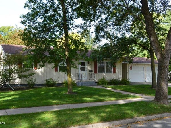 3 bed 2 bath Single Family at 1502 7th St SW Willmar, MN, 56201 is for sale at 130k - 1 of 8