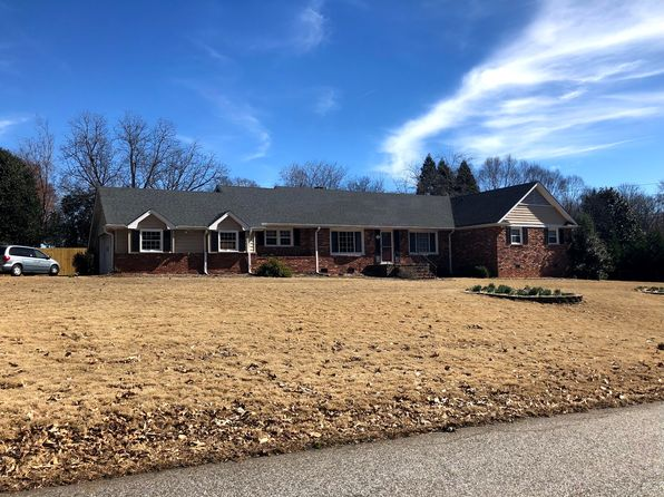 4 bed 3 bath Single Family at 115 Hollis Dr Spartanburg, SC, 29307 is for sale at 227k - 1 of 28